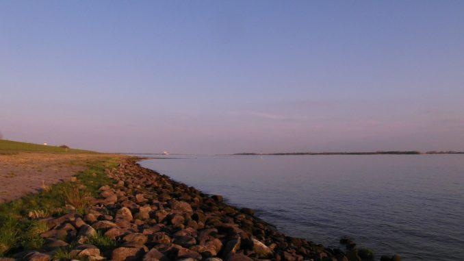 Ovelgönne am Elbestrand